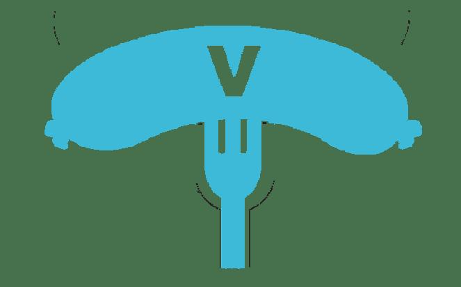 Wurst mit einem V drauf zur Illustration des Vorwurfs, Veganer würden Fleischprodukte kopieren