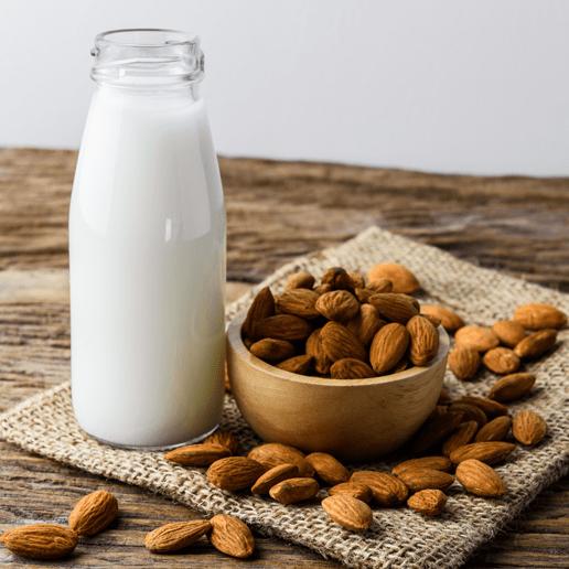 Pflanzenmilch und Kuhmilch werden bei der Mehrwertsteuer unterschiedlich behandelt